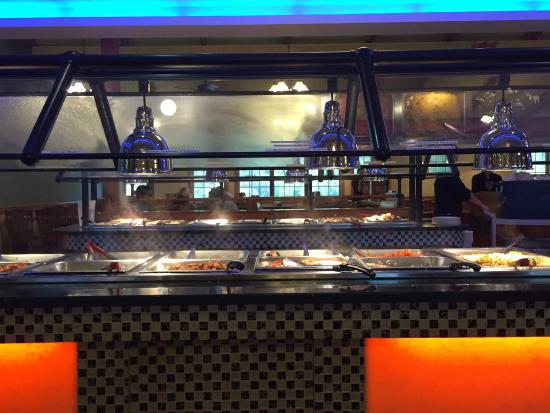 Fortune Buffet: the buffet table