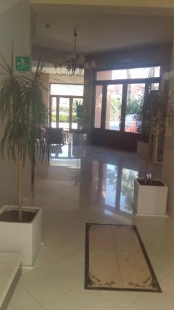 Akti Chara Hotel: Lobbyn