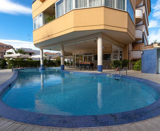 Green park hotel bewertungen fotos preisvergleich for Swimming pool preisvergleich