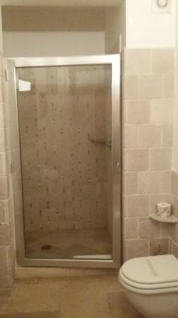 Tenute Al Bano: doccia