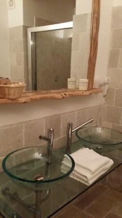 Tenute Al Bano: bellissimo bagno