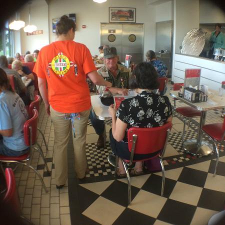 Creek Travel Plaza: The Diner
