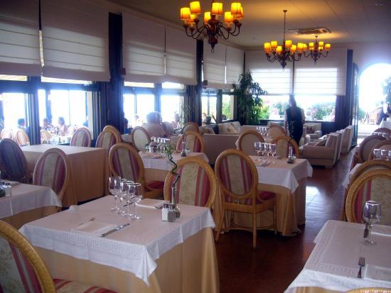 Restaurante Can Poldo: Salle à manger intérieure