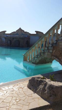 Tenute Al Bano: bellissima piscina