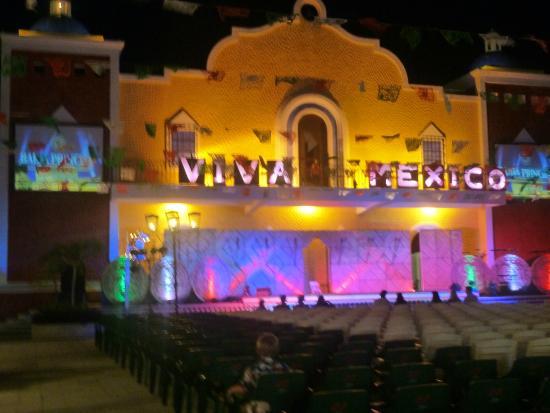 Grand Bahia Principe Coba: mexican fiesta, worth to visit
