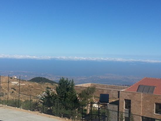 Master's Hotel - Ehden: Z view from our suite