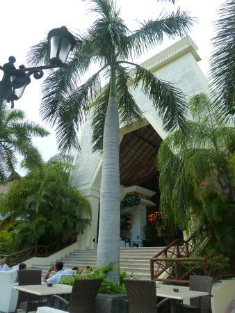 Grand Bahia Principe Coba: coba lobby