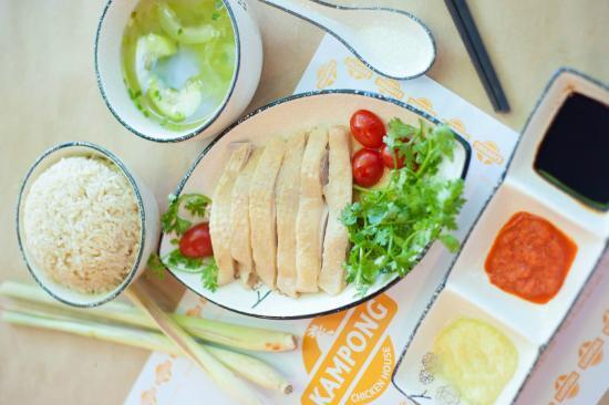 Kampong Chicken House: Hainanese Chicken Rice