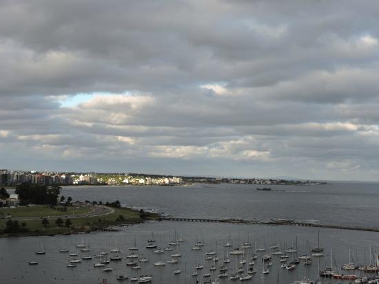 Rambla de Montevideo: Vista desde el Puerto del Buceo