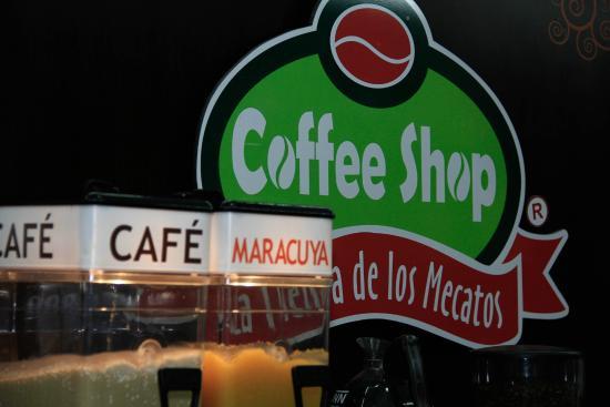 Coffee Shop La Tienda de los Mecatos: Ice Coffee and Ice Pasion Fruit
