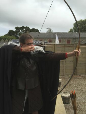Game of Thrones Tours - Winterfell: Archery lesson