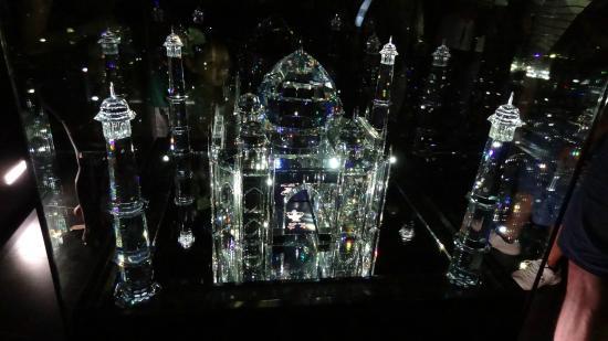 Swarovski Crystal Worlds: Crystal Model