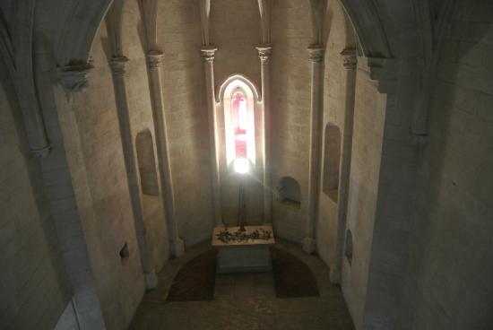 Chateau de Tarascon: l'église