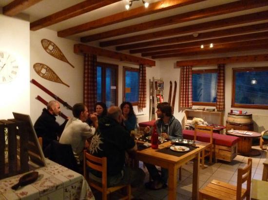 Le Gite des Tavernes: Salle restaurant