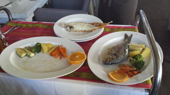 Restaurant am Flugplatz: Seezunge mit Gemüse