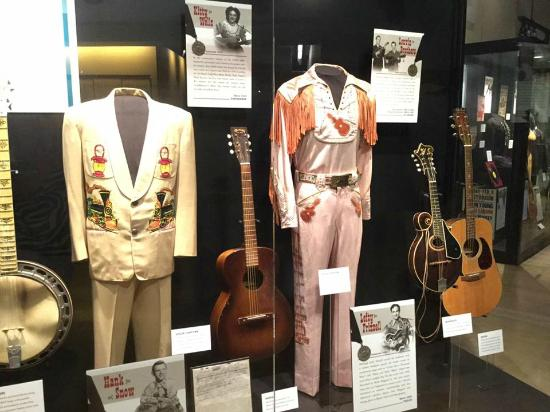 Country Music Hall of Fame and Museum: music display case