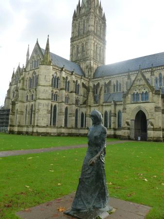 Salisbury Cathedral and Magna Carta: view back with one of the many pieces of art