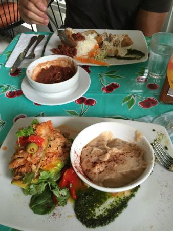 Casita Miramar: Avocado stuffed with codfish stew & stuffed chicken with rice & beans