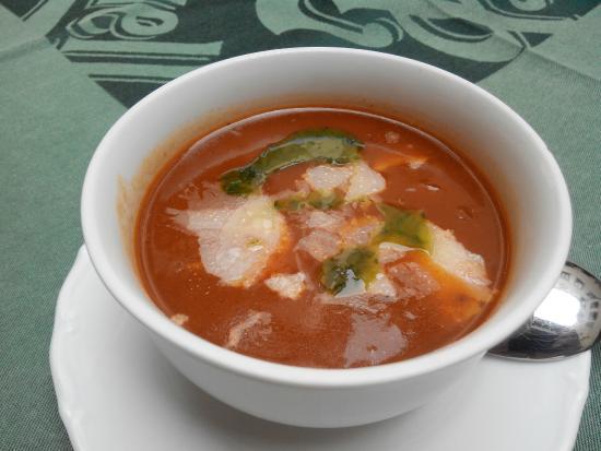 Restaurace U Labuti: Томатный суп