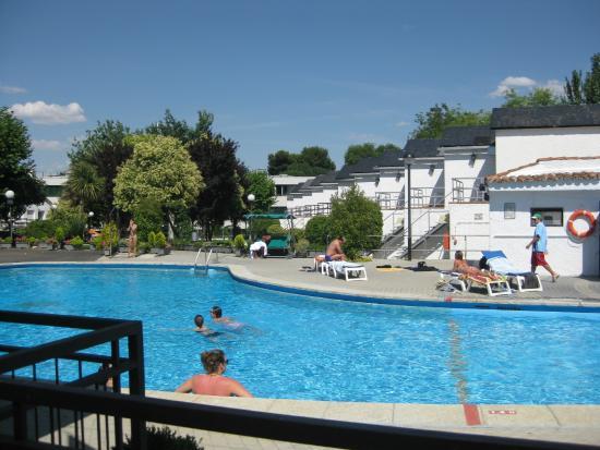 Hotel Osuna: Pool