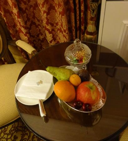 Hotel Heritage - Relais & Chateaux: room niceties...