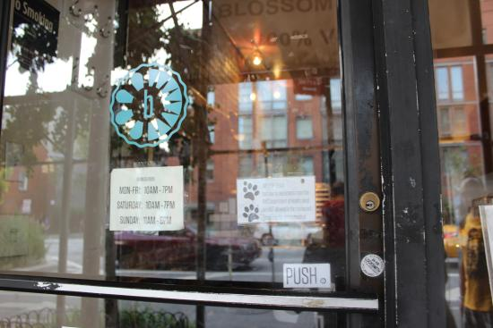 Blossom Bakery NYC: Blossom Bakery - 100% Vegan