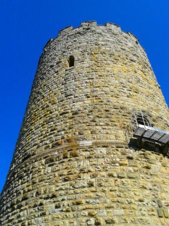 Heinrichsturm: лестница , ведущая в башню.