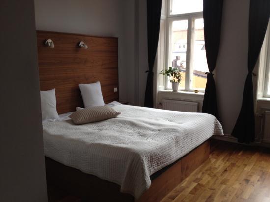 Hotel Hjalmar: Rum 221_150831