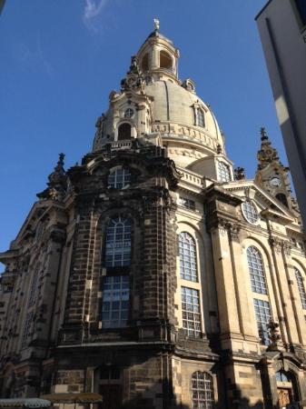 Frauenkirche: Riconoscibile l'utilizzo delle rovine nella ricostruzione