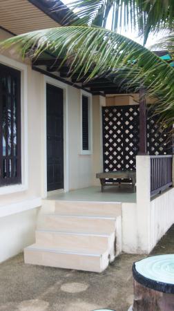 Baan Faa Talaychan: balcony