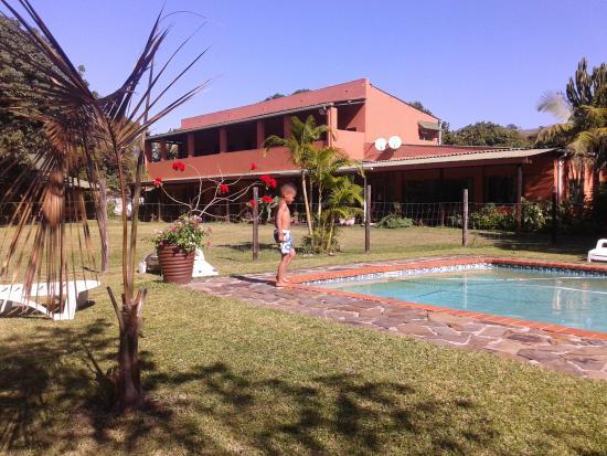 Outspan Inn: The garden