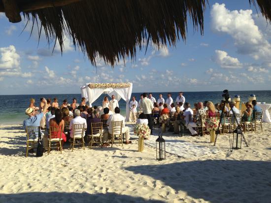 Dreams Riviera Cancun Resort & Spa: en febrero se celebran muchos matrimonios en el lugar