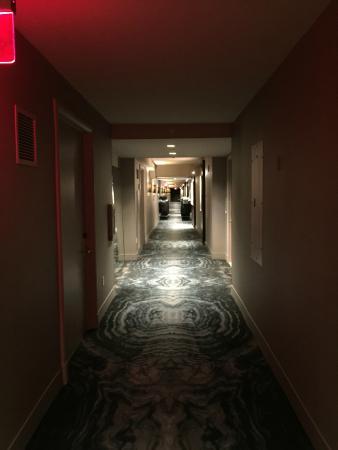 Delano Las Vegas: Corridor on floor 29
