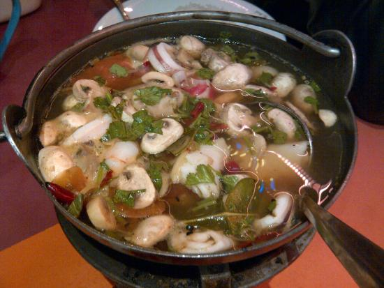 Ying Thai 2: Tom Yam Gong (thai chili hot sour soup)
