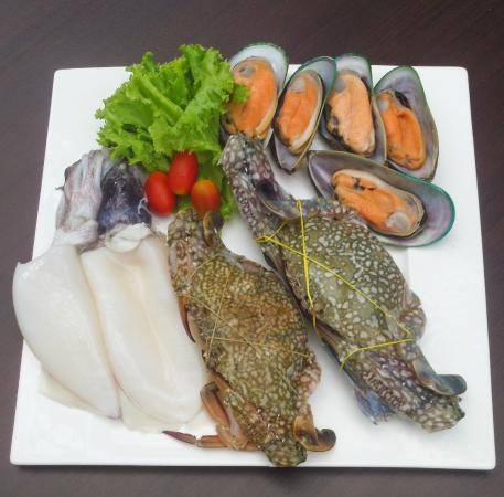Louis' Kitchen: seafood basket 2
