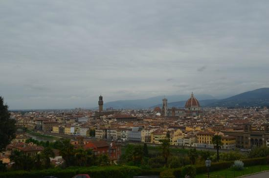 Piazzale Michelangelo: Firenze a nuestros pies