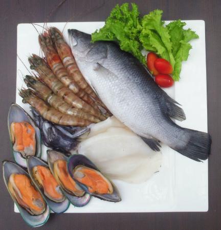 Louis' Kitchen: seafood basket 3