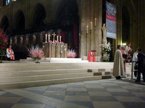Notre Dame katedral: l'autel