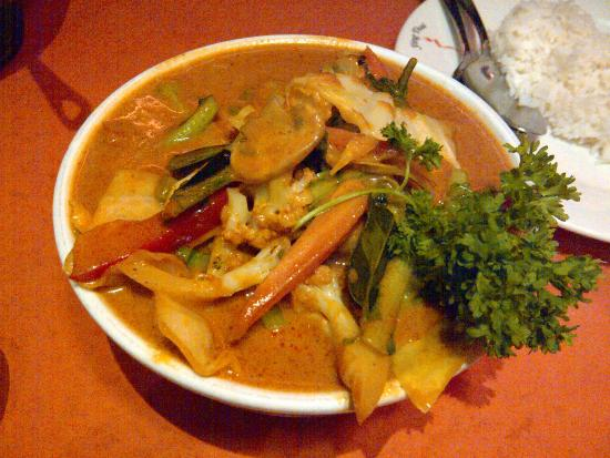 Ying Thai 2: Gang Dang (duck red curry)