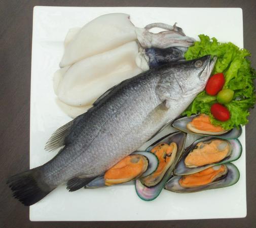 Louis' Kitchen: seafood Basket 1