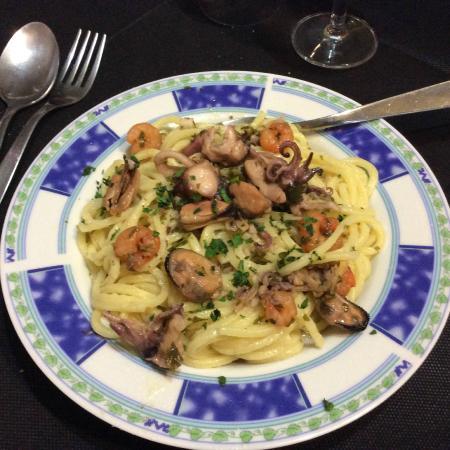 La Piccola Mole: spaghetti a i frutti di mare