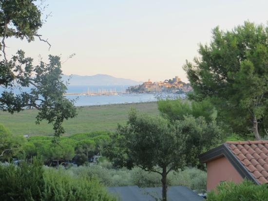 Talamone Camping Village: panorama dalla cima del village