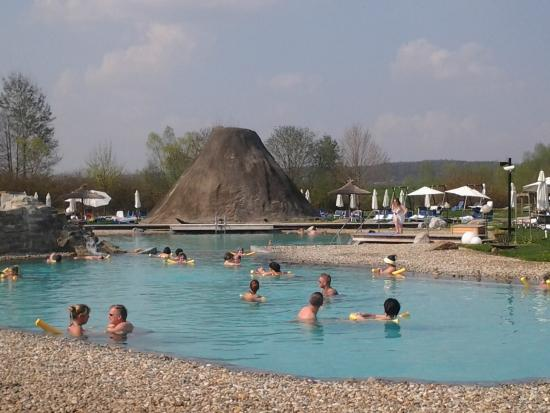 Rogner Bad Blumau: Piscine Volcania all'aperto