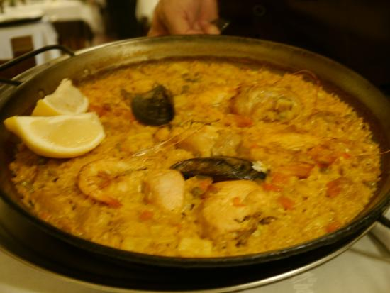 La Barraca: paella