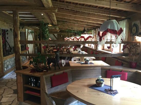 Rifugio Edelweiss: Sala