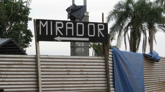 Hito de Las Tres Fronteras Argentina: Mirante em Reforma
