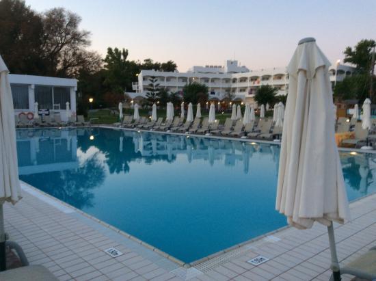 Louis Zante Beach: The pool.