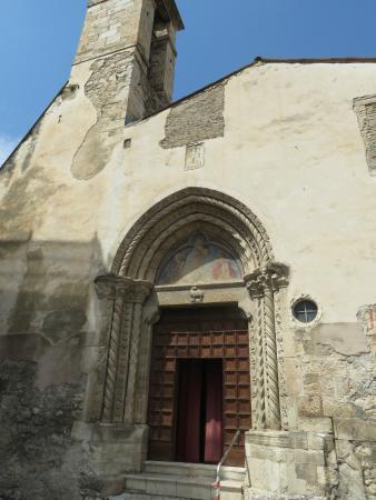 Chiesa di Santa Maria delle Grazie: la facciata di San Marcello
