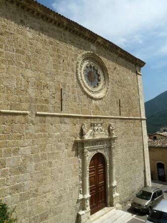 Chiesa di Santa Maria delle Grazie: la facciata di S.Maria delle Grazie