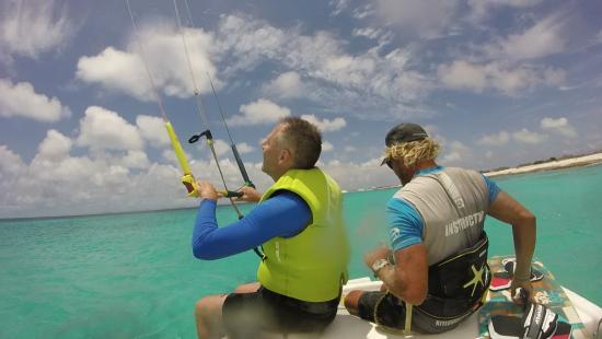 Kiteboarding Bonaire: Getting Ready for my Lesson